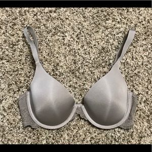 Maidenform Bra with Lace in Taupe